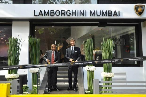 lamborghini-mumbai-1