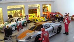 Ausstellungsvitrine Porsche